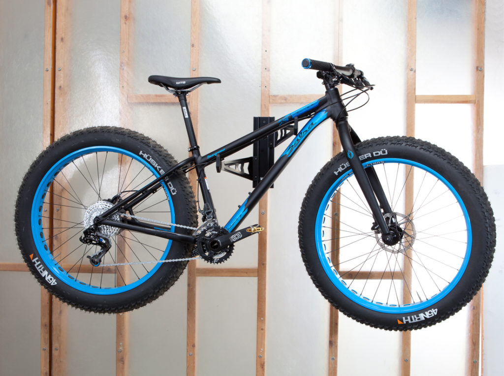 wall mounted mountain bike