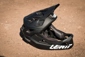 Leatt — DBX 3.0 Enduro 2020